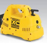 pompe-xc-enerpac à batterie