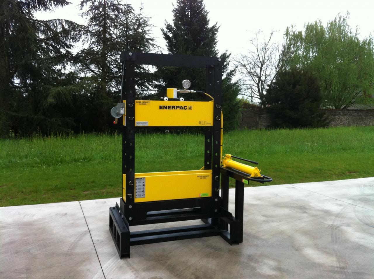 Presse hydraulique 50 tonnes spéciale ENERPAC/MCGH